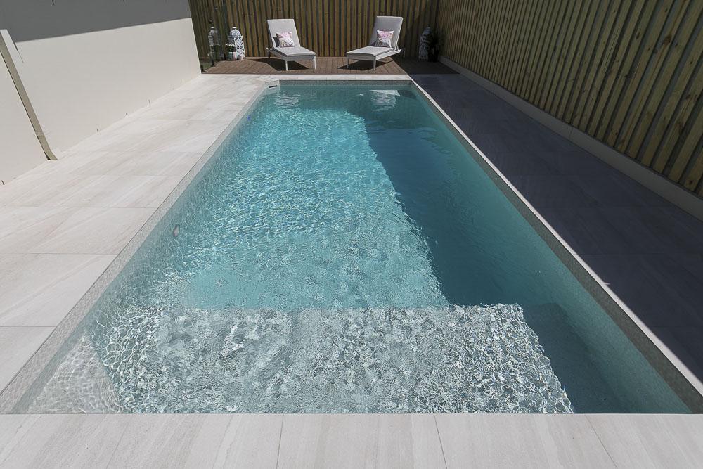 17 Ravensthorpe St, Ormeau - pool
